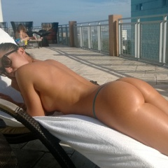 sexy babe with a gorgeous ass goes half naked by the pool #sexy #babe #ass #hot #naked