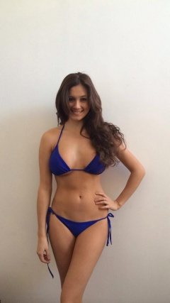 curvy brunette looks awesomely stunning in her blue bikini #brunette #curvy #stunning #bikini