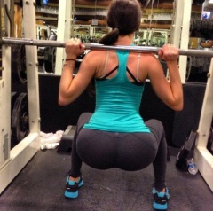 gym hottie with a very nice and hot booty #hot #ass #babe